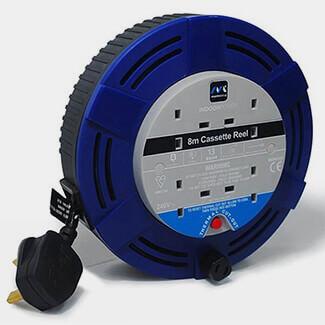 More info Masterplug BW-11728 / MCT0813/4BL