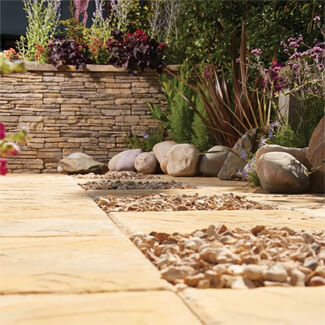 Bradstone Madoc Walling Weathered Cotswold - Pallet