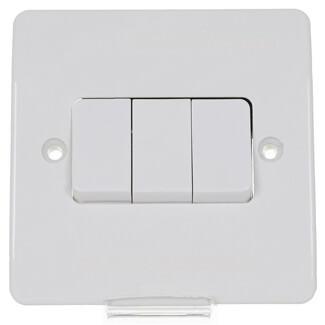 MK Logic Plus 10Amp 3 Gang 2 Way Light Switch